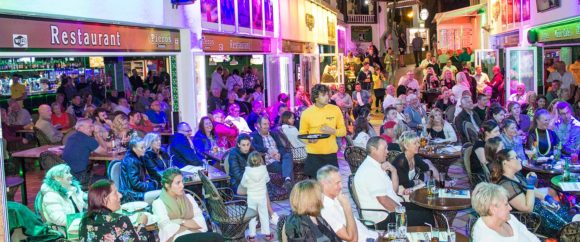 Nightlife in Fuerteventura Piero's Café Music Caleta de Fuste