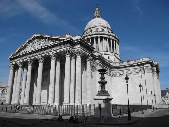 Paris sightseeing pantheon