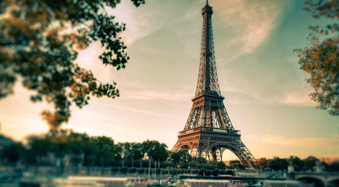 Paris sightseeing tour eiffel
