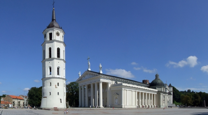 Vilnius sightseeing cathedral