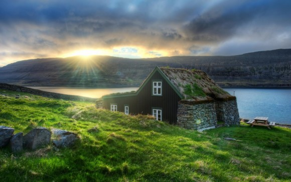 competition win a trip to Iceland with Icelandic landscape #ilovefilters
