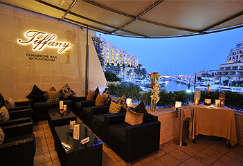 vita notturna Malta Tiffany Champagne and Cigar Room St Julians Paceville