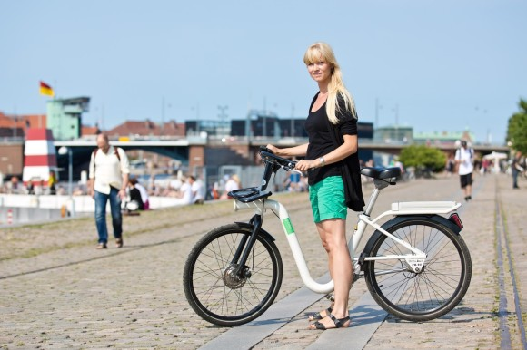 How to reach Copenhagen Airport transport links public bike rental Copenhagen city bike