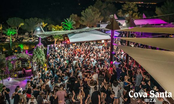 Nightlife Ibiza Cova Santa party