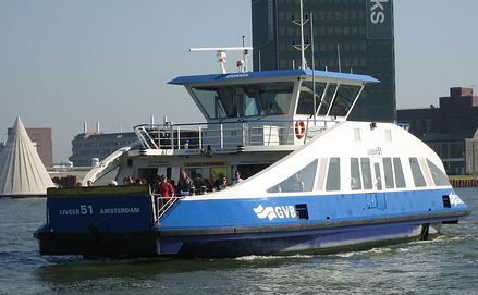 directions Amsterdam ferry transport links