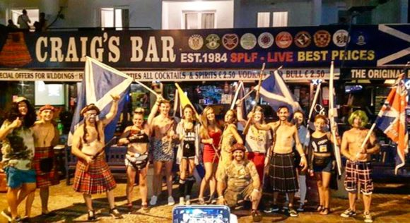 Vita notturna Cipro Ayia Napa Craigs Scottish Bar