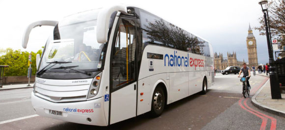 Londra collegamenti aeroporto Heathrow bus National Express