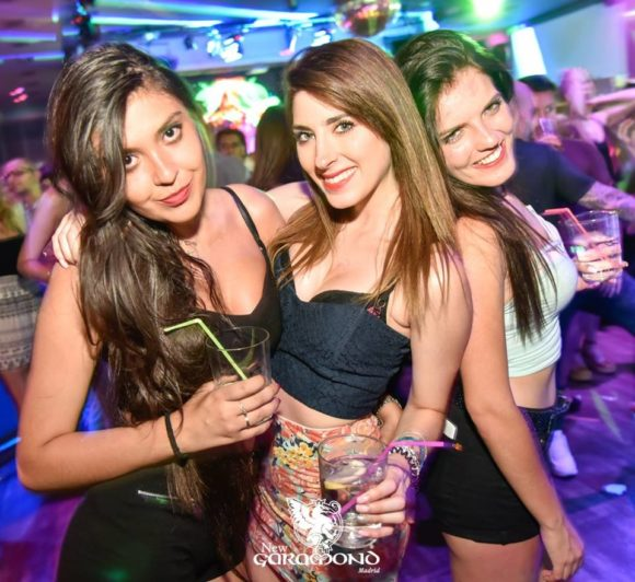 Vita Notturna Madrid neue Garamond Club