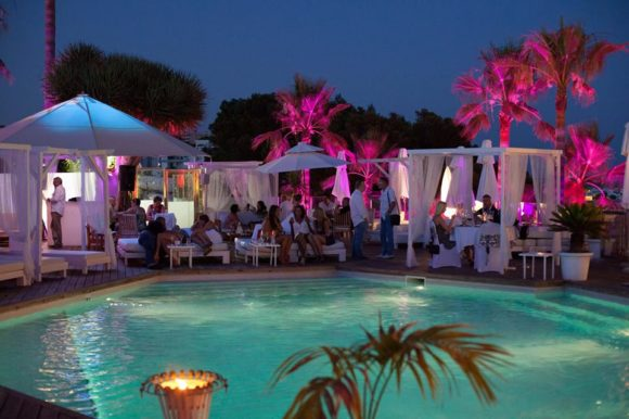 Natteliv Mallorca Mood Beach Bar & Restaurant