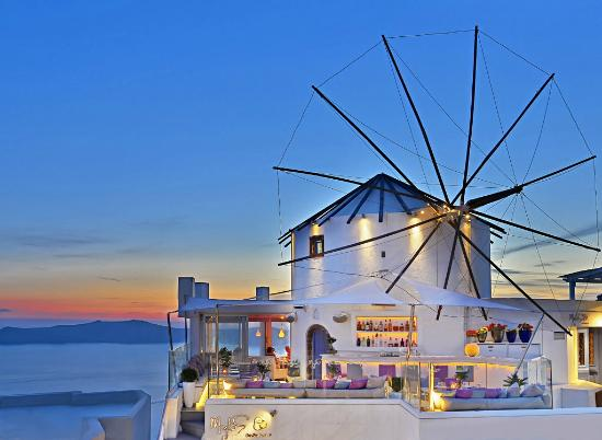 Nightlife Santorini Mylos Bar & Restaurant Thira
