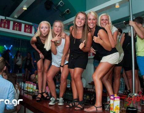 Nightlife Crete disco girls