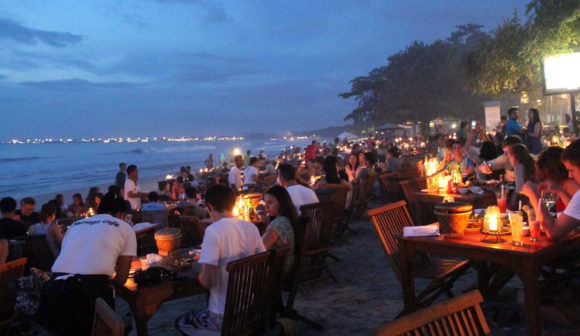 Nightlife Bali Jimbaran restaurants