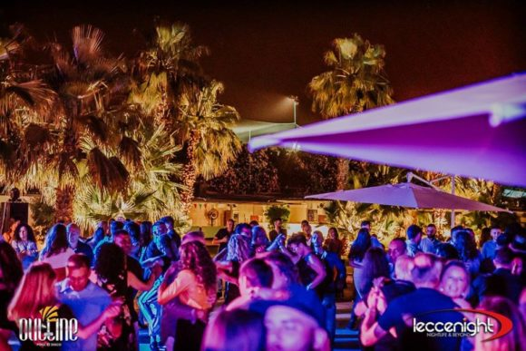 Natteliv Salento Outline Pool og Disco Lecce
