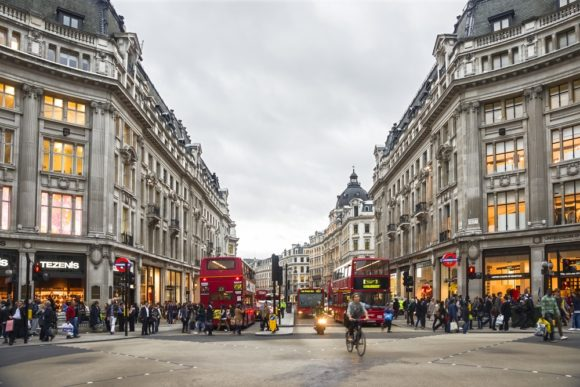 What to see what to visit Oxford Street in London