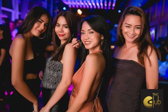 Nightlife Bangkok The Club at KOI girls