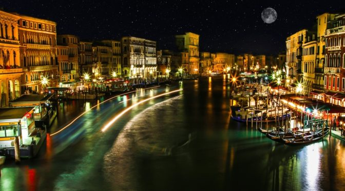 Venice Nightlife And Clubs