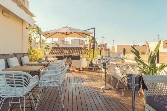 Natteliv Sevilla Corner House Roof Terrace Bar