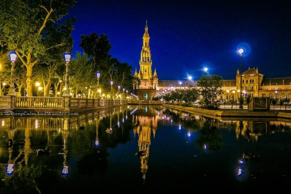 Nightlife Seville by night